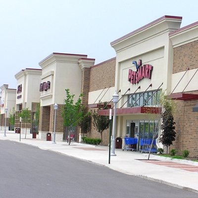 Willow Creek Retail Shopping Center